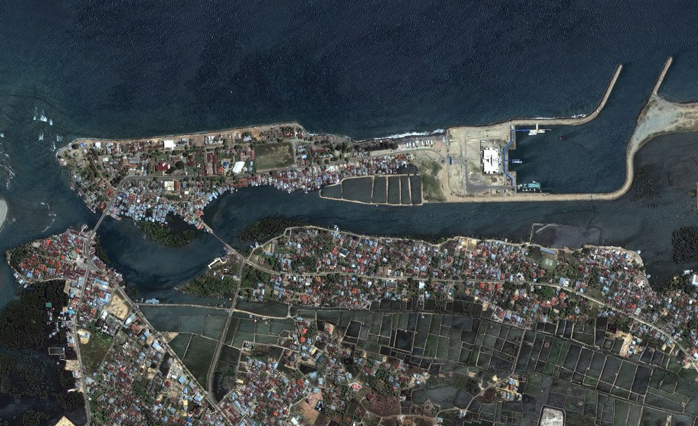 Banda Aceh Northern Shore - Before  tsunami (Jun 23 2004) Image by DigitalGlobe