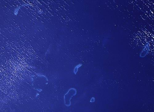 Paracel Islands including the Amphitrite Group and the Crescent Group.  North is at approximately 10:00.