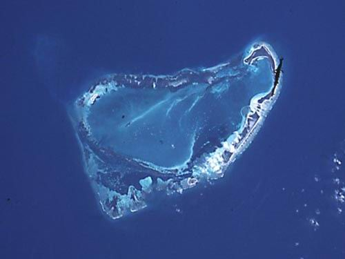 Farquhar reefs;  north is at the top of the picture.