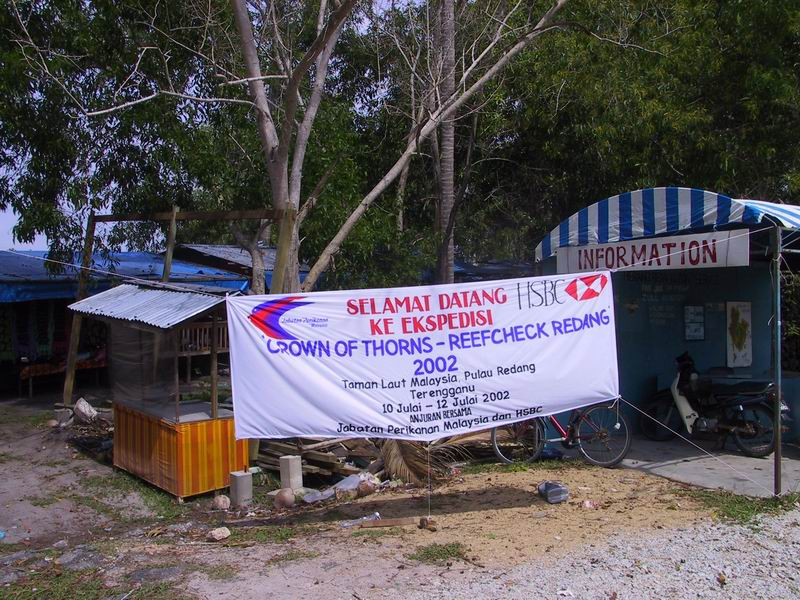 Banner welcoming Reefcheck participants to the Pulau Redang Reefcheck and COTS collection event