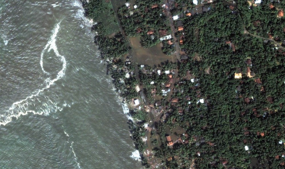 Kalutara Flooding Detail (December 26, 2004). Closeup detailing flooding from tsunami