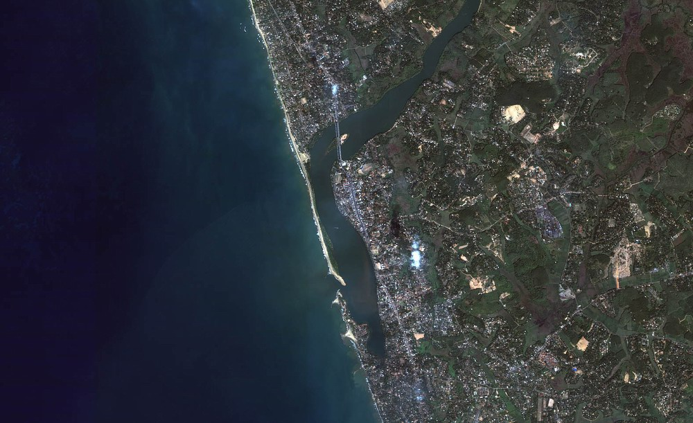 Kalutara Overview (Before Tsunami) (Jan 1, 2004)