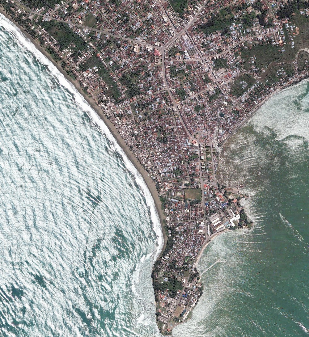 Meluaboh - Before tsunami (May 18 2004) Image by DigitalGlobe